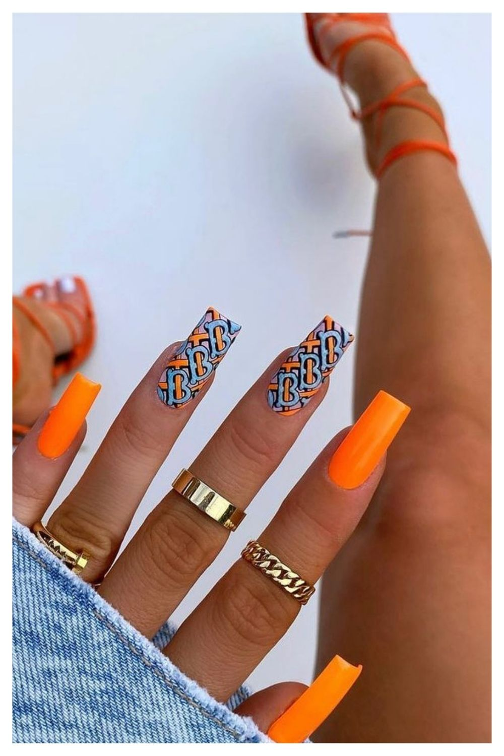 Bright Summer nail colors ideas to get inspired 2021