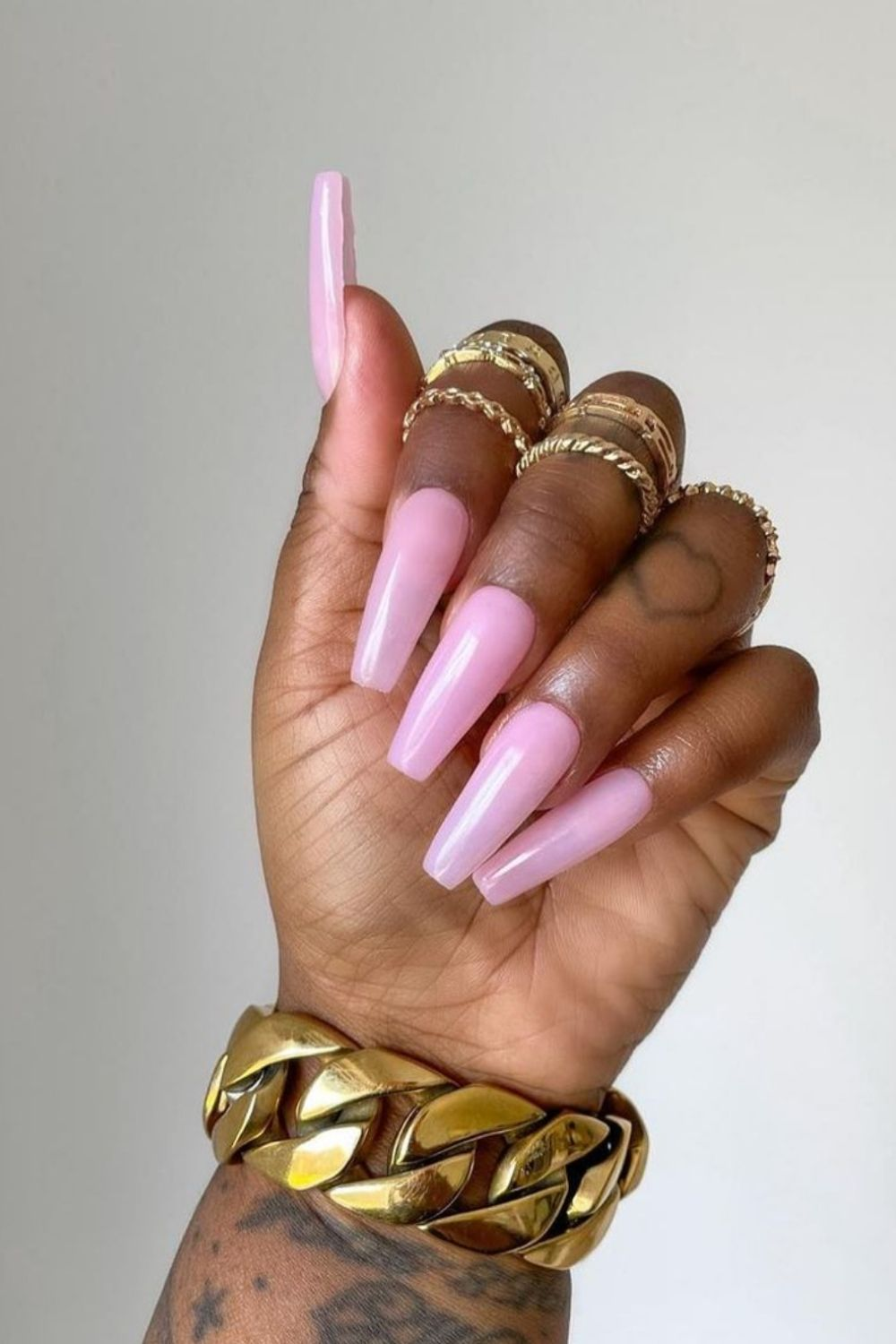 Pink coffin nails | Awesome coffin-shaped nail color for Summer and Fall 2021