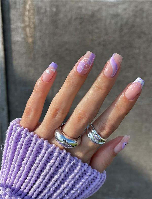 5 Natural French tip nails with short coffin nails and tapered square nails
