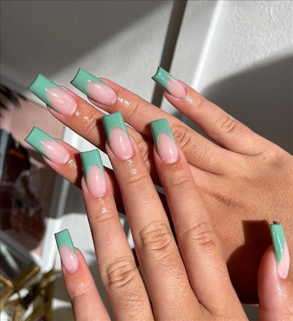 35 Natural French tip nails with short coffin nails and tapered square nails