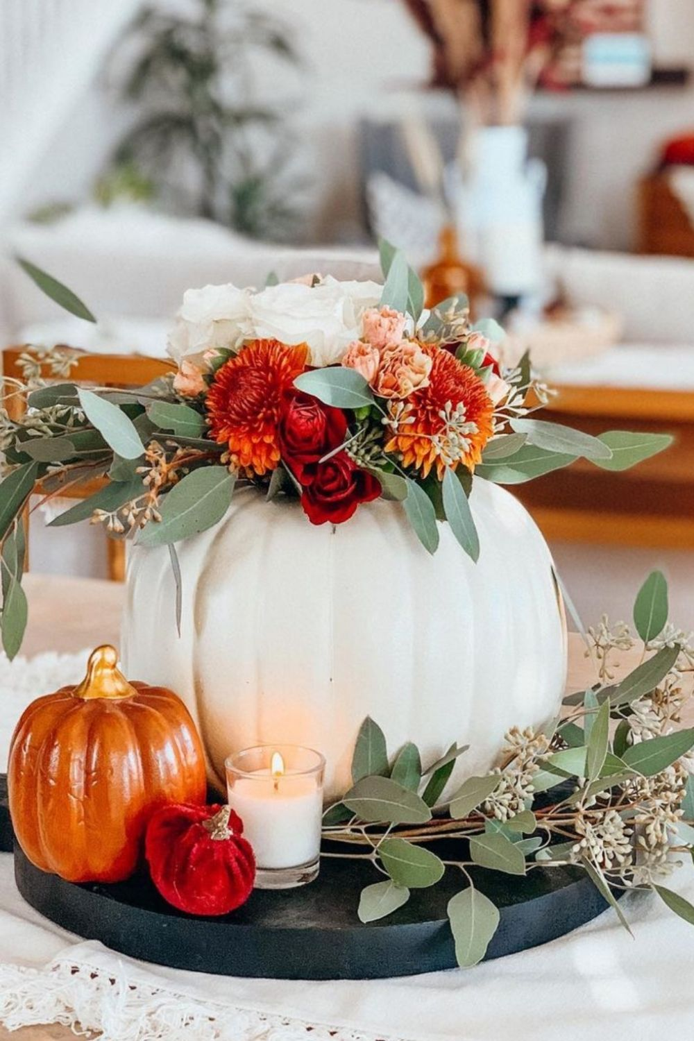 34 Creative Fall Table Centerpieces for Perfect Autumn Dinner Parties