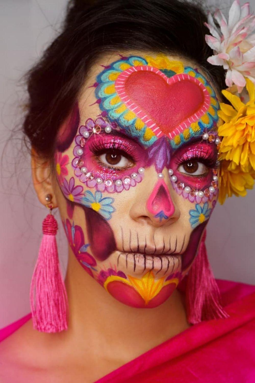 Best Sugar Skull Makeup Looks To Win Halloween 2021